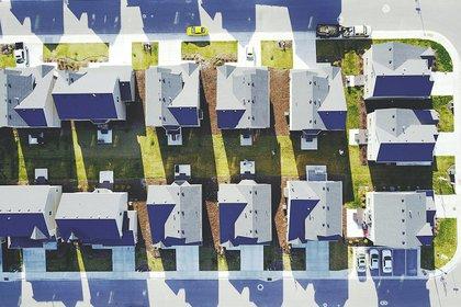 Houses_above.jpg