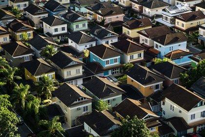 Houses_pic.jpg