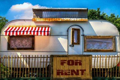 caravan-for-rent.jpg