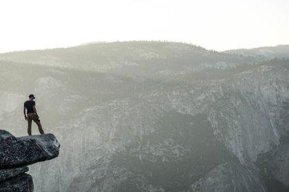 cliffedgepxhere.jpg